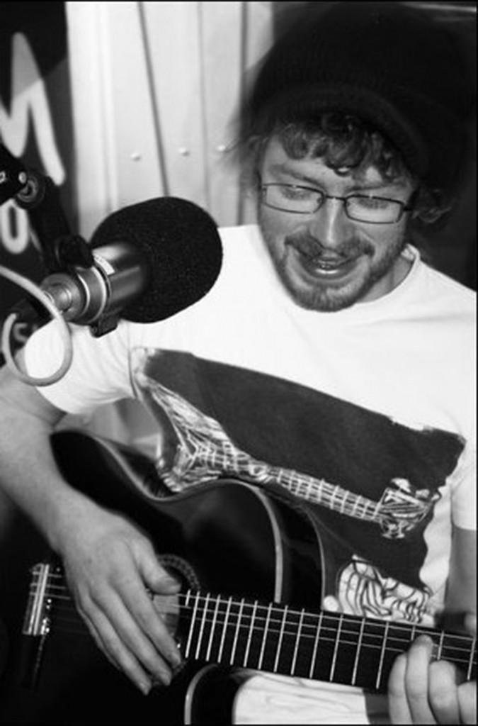Dave guitar (1)